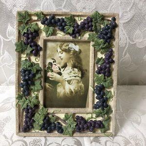 Beautiful High Quality Frame With Wine Grape